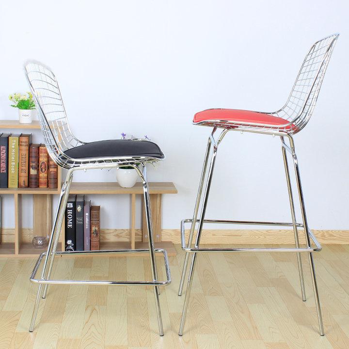 网格铁丝吧椅图片